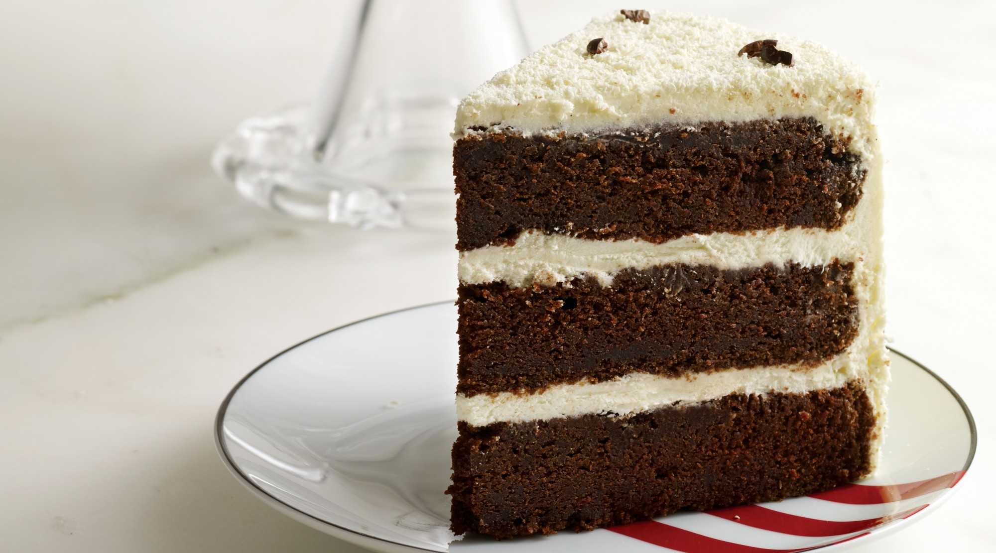 Cake - The Best Food for Successful First Date
