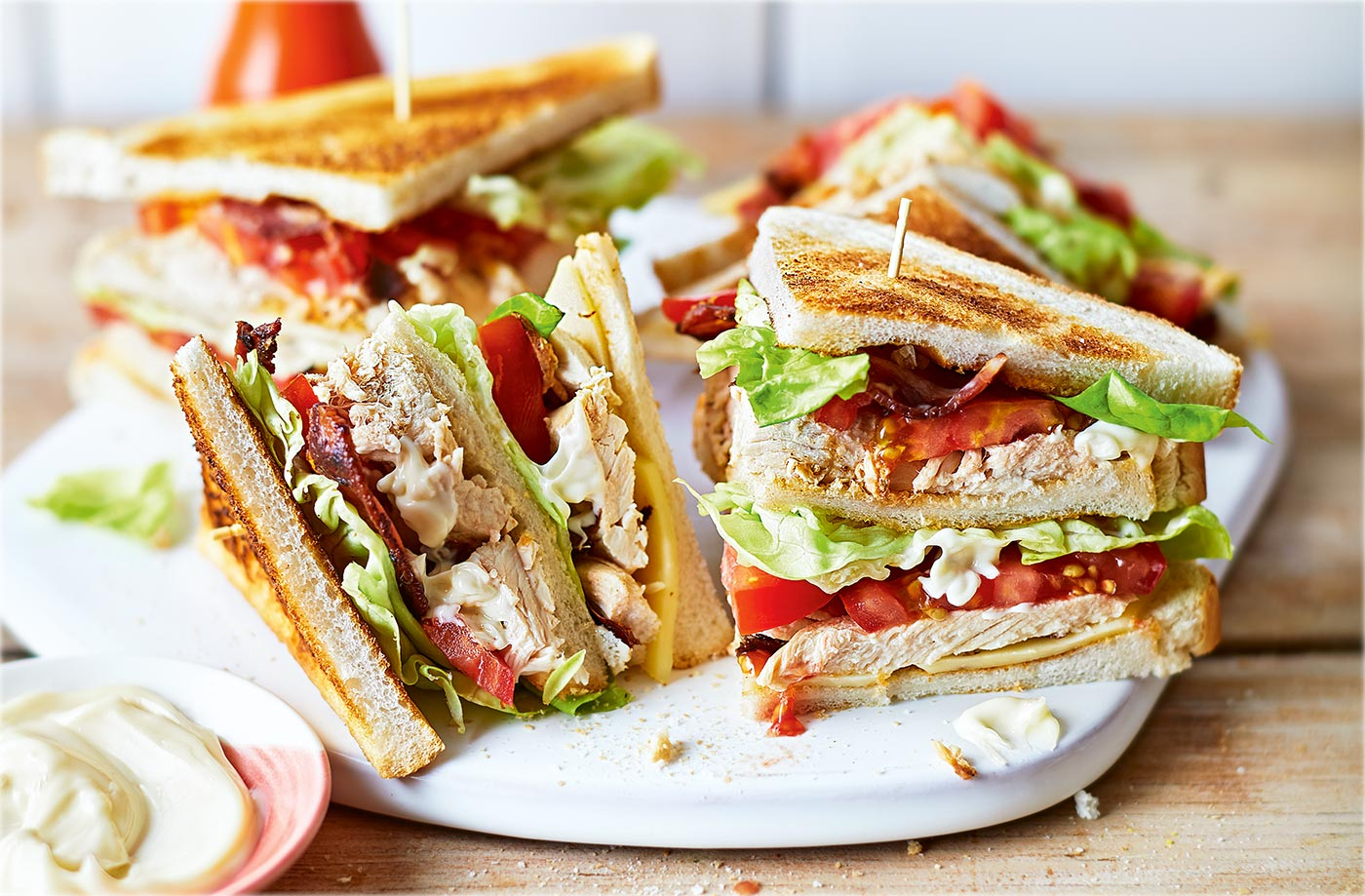 club sandwich - The Best Food for Successful First Date